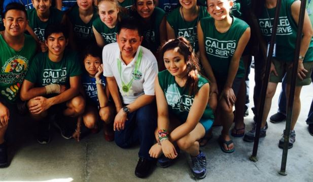2016 Holy Cross Mission :: Ricky  Cuenca and Amb Neil Reeder Join Mission Team