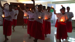 Pandango sa Ilaw - a traditional folk dance to welcome the guest